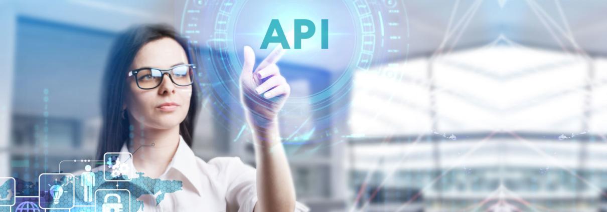 API wird die Zukunftstechnologie für Banken und Tech-Unternehmen. Foto: Marina-Putilova_123rf.com